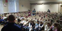 Школьникам СОШ №5 Ахтубинского района спасатели напомнили правила безопасности на льду зимой